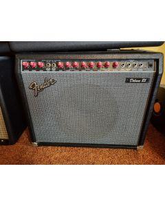 Fender Deluxe 85 2 kanaals versterker
